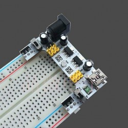 DWM-XD-42 Breadboard dedicated power module